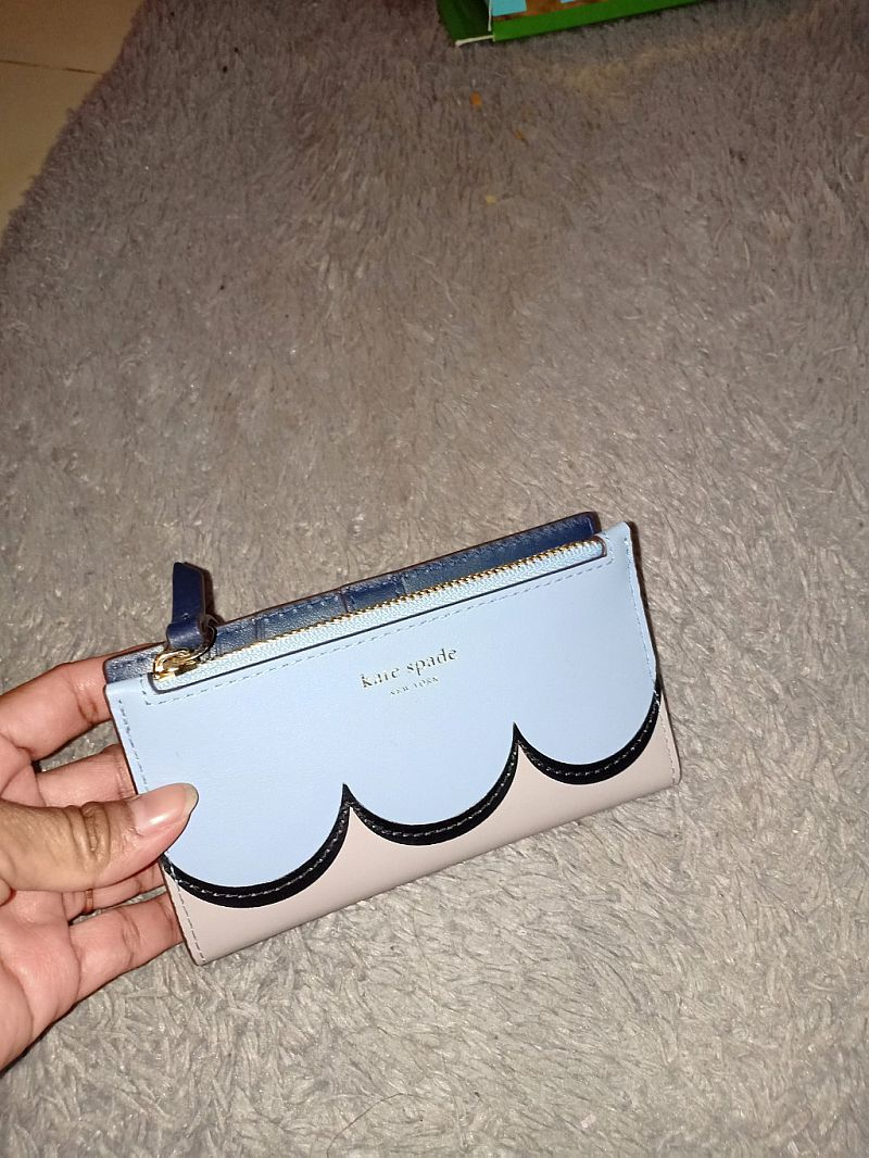 CLEARANCE SALE Kate spade small slim bifols scallop pwru7130