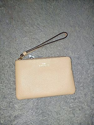 CLEARANCE SALE COACH SMALL WRISTLET IN BEECHWOOD F58032